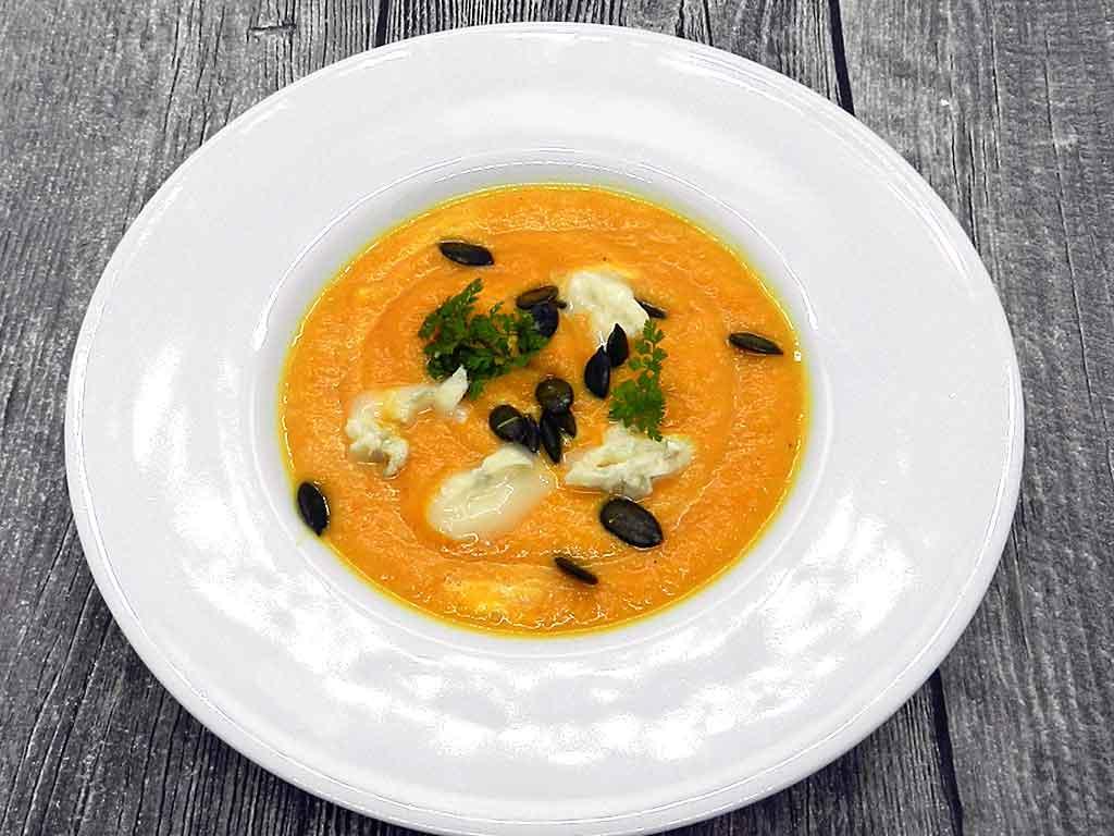 Karottensuppe geht immer.