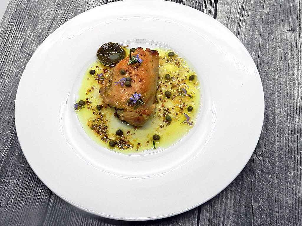 Unbedingt Fetentauglich: Hühnchen mit Honig, Orangensaft, Senf und Rosmarin.