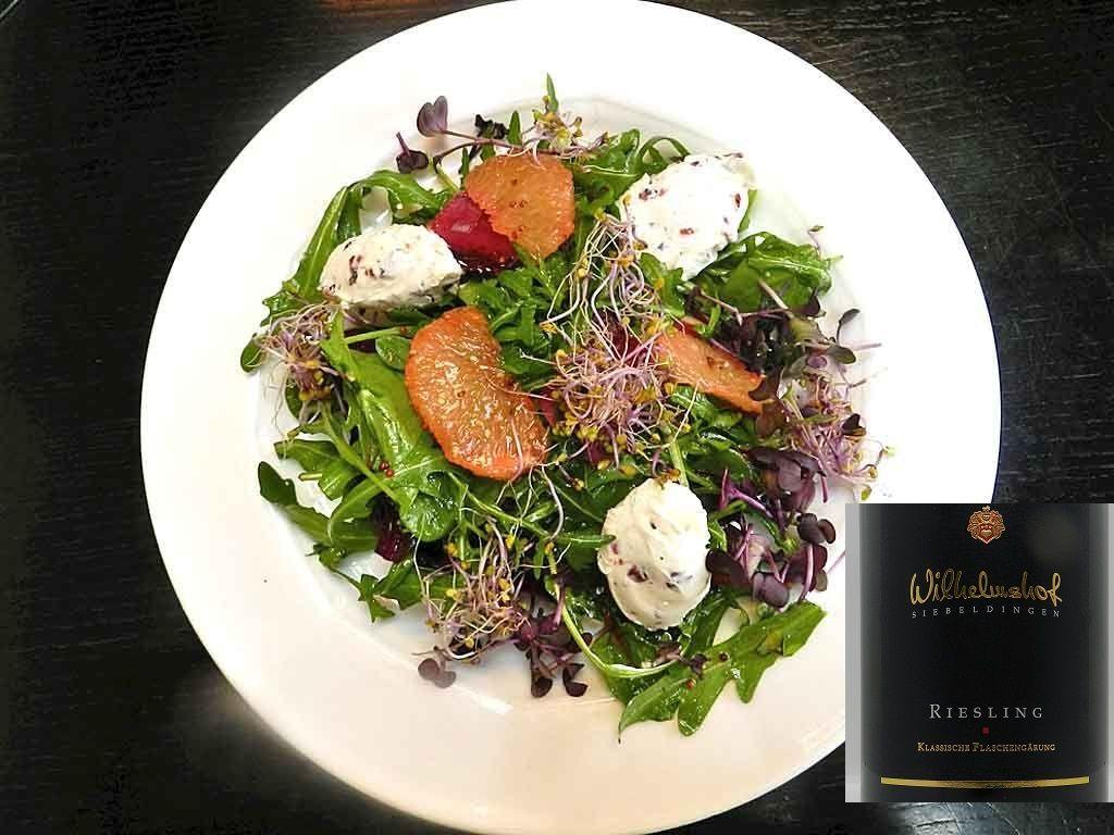 Bunter Salat: Frühling auf dem Teller.